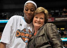 Pat Summitt retiring University of Tennessee women's basketball coach...We Love You Pat!!!!!