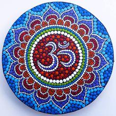 OM Mandala, painted by Melinda Tamas, dot painting, acrylic paint on canvas, 15 cm