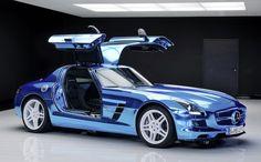 """メルセデス・ベンツ、""""世界最速の量産市販電気自動車"""" に生まれ変わった「SLS AMG」を公開! - Autoblog 日本版"""