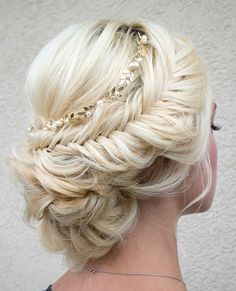 Hairstyle / Pinterest: @riddhisinghal6
