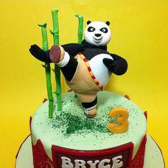 Master Po Kungfu Panda http://cakedeliver.com/Fondant_3DCakes_Po_Kungfu_Panda/