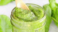 La meilleure recette de pesto maison Plus Jamais, Mets, Ketchup, Guacamole, Pickles, Mousse, Cucumber, Appetizers, Food And Drink