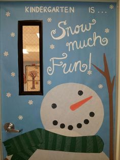 Cool Elegant Winter Door Decoration For Your Inspiration Christmas Classroom Door, Christmas Bulletin Boards, Winter Bulletin Boards, Christmas Door, Office Christmas, Christmas Ideas, Xmas, Holiday Door Decorations, School Door Decorations