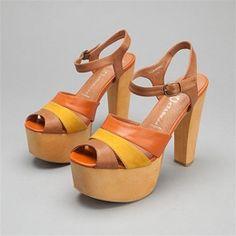 70s disco glam slingback heels by Adige Pour Daniela Schuhsalon 4 inch heel Metallic gold disco heels size 7 glam rock summer high heel.