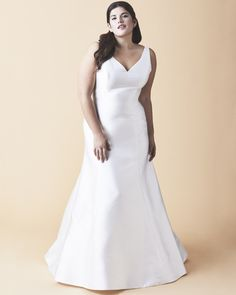 24 Best Curve Couture By Anne Barge Images Wedding Dresses