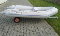Schlauchboot, Boot, Angelboot,Dingi,Motorboot,kein Aussenborder,kein Außenborder