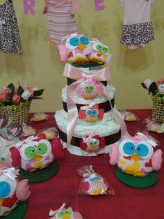 Corujinhas decoração de mesa de chá de fraldas... para maiores informações e encomendas, coisinhasdashi@gmail.com