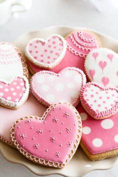 Heart Cookies - pink   Biscoitos Decorados de Coração - Rosa