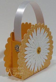 Stamps, Paper, Glitter!: Daisy Purse