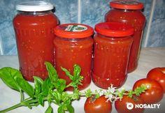 Bazsalikomos paradicsomlé Hungarian Recipes, Salsa, Jar, Stuffed Peppers, Vegetables, Food, Stuffed Pepper, Essen, Vegetable Recipes