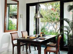 iDEA Online - Interior - Ruang Makan - Santap Nikmat di Depan Taman