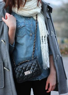 outfit style streetstyle ootd details bag denim scarf winter cold theannelicious annelicious fashion blogger