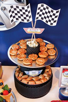 } Disney Cars Party Food Ideas // Hostess with the Mostess® Hot Wheels Party, Hot Wheels Birthday, Race Car Birthday, 2nd Birthday, Birthday Ideas, Race Party, Nascar Party, Disney Cars Party, Disney Cars Birthday