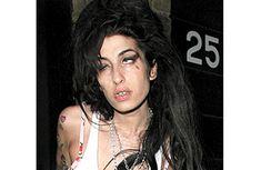 Amy Winehouse también tuvo un largo historial de adicciones. Fotos: Vanguardia-Archivo
