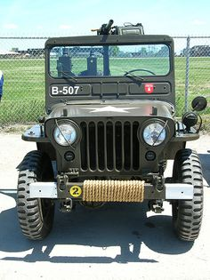 08Fest 136 - American - Willys M38 Jeep - 1950 - with .30 Caliber Machine Gun by gberg2007, via Flickr