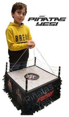 Piñata Artesanal hecha a mano de Ring de Lucha Libre.