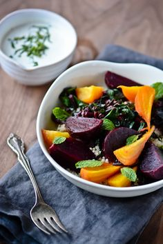 Day 14: roasted beet, quinoa and tahini bowl