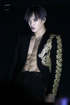 Kai's body is really beautiful