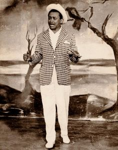 Jackson do Pandeiro no FORRÓ DO JACKSON, em 1956.