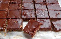 Pepi's kitchen: Μπάρες δημητριακών με σοκολάτα , λιναρόσπορο και φυστικοβούτυρο