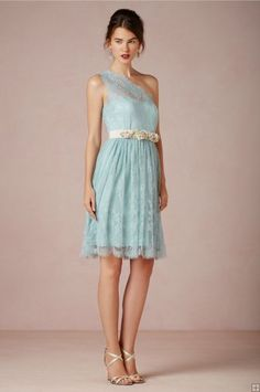 Vintage One Shoulder Sleeveless Blue Lace Knee Length Bridesmaid Dress with Flowers