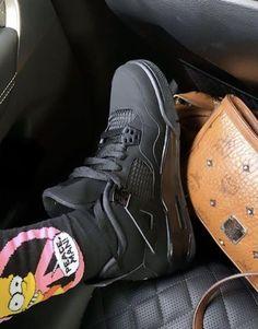 Trendy Shoes, Cute Shoes, Me Too Shoes, Jordan Shoes Girls, Girls Shoes, Girls Footwear, Sneakers Fashion, Fashion Shoes, Shoes Sandals