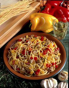 Spaghetti alla Chitarra con Ragù di Agnello | Tipical Fresh #Egg #Pasta with Lamb #Sauce (litterally: Spaghetti on Guitar), Abruzzo