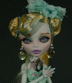 OOAK repaint Monster High