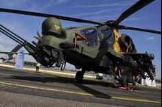 Ataque e reconhecimento tático com o helicóptero turco T129 ATAK