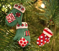 Patchwork mittens- Sculpy Clay Ornament DIY