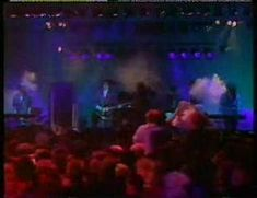 ▶ The Cure - The Walk (live, Glasgow 1984) - YouTube
