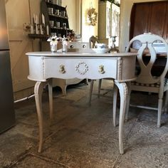 Vintage Grey Hand Painted Kidney Shaped Ornate Dressing Table Selnder Cabriole Legs