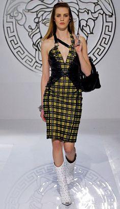Fashion Pixiie: Milan Fashion Week Spring 2013 Versace Catwalk