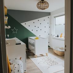 Inspiration for green water More green inspirations Discover more creative green inspirations that l Baby Bedroom, Baby Boy Rooms, Baby Room Decor, Nursery Room, Kids Bedroom, White Nursery, Nursery Ideas, Baby Zimmer Ikea, Kids Room Paint