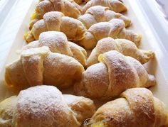 Croissante si pateuri din aluat foetat ultrarapid