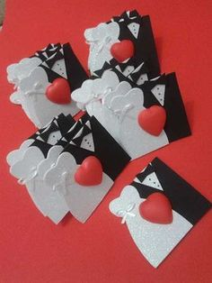 Como Fazer Lembrancinhas de Casamento Passo a Passo Paper Crafts Origami, Easy Paper Crafts, Origami Art, Foam Crafts, Diy Crafts, Pop Up Flower Cards, Gift Wraping, Wedding Gift Wrapping, Diy Gift Box