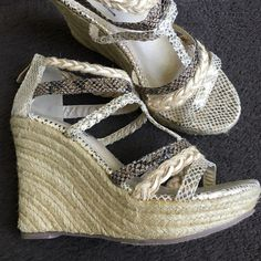"Db Dk shoes Gorgeous shimmery gold snakeskin print wedge zipper back. 4"" heel  excellent condition Db Dk Shoes Espadrilles"