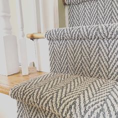 So classic...Madera in a timeless taupe shade! @carpetladykc Thanks for sharing. #tuftex #carpet #interiors #design #homedesign #designer…