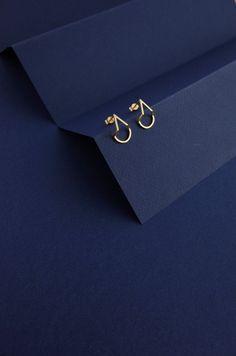Geometric Teardrop earrings by Heather Woof Jewellery. Geometric Teardrop earrings by Heather Woof Jewellery. Gold Bridesmaids, Bridesmaid Jewelry, Bridal Jewelry, Silver Jewelry, Vintage Jewelry, Silver Ring, Rhinestone Jewelry, Vintage Rhinestone, Leather Jewelry