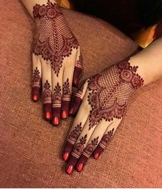 We bring you this curated list of new and trendy arabic mehendi designs Simple Mehndi Designs Fingers, Modern Henna Designs, Henna Tattoo Designs Simple, Latest Henna Designs, Floral Henna Designs, Henna Art Designs, Mehndi Designs For Girls, Mehndi Designs For Beginners, Mehndi Design Photos