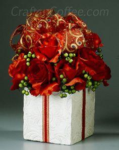 Easy, red rose Christmas centerpiece idea