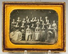 Daguerreotype of the 1856 class of Rutgers Female Institute, July 266 Madison St, New York City. Victorian Photography, Vintage Photography, Antique Photos, Vintage Photos, Old Pictures, Old Photos, Photography Women, War Photography, Historical Photos