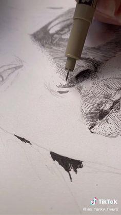 Art Drawings Sketches Simple, Pencil Art Drawings, Beautiful Drawings, Eye Painting, Pen Art, Drawing Techniques, Art Tips, Art Sketchbook, Aesthetic Art