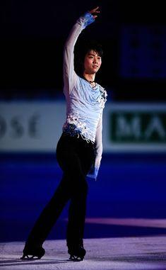 Yuzuru Hanyu Photos - ISU Grand Prix of Figure Skating Final 2014/2015 - Day Four - Zimbio