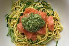 Pâtes au saumon et spaghetti de courgette express