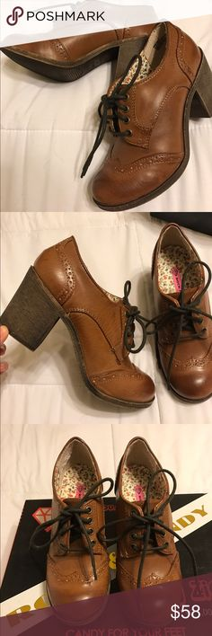 Brown Vintage Lace up Ankle boots These adorable Vintage classic shoes have only been worn once and are in great condition. Complimentary to vintage/retro closet/wardrobe collectors! I've paired these with really nice white ruffled socks for a complete vintage look. Shoes Ankle Boots & Booties