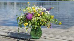 pieni juhannuskimppu http://kukkailua.fi/juhannuskimppu/ #midsummer #bouquet
