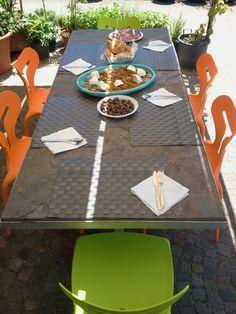 tavolo in ardesia ferrugo - http://pulchria.it/index.php/photo/esterni