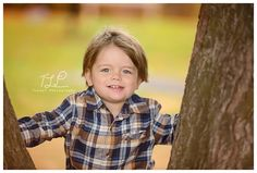 Albany child photographer boy in the park www.tuleafphotography.com #albanychildphotographer #tuleafphotography