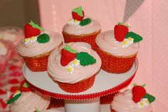 Strawberry Shortcake Party | CatchMyParty.com